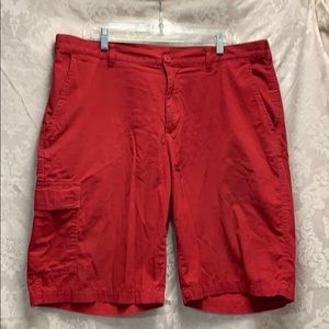 Red Columbia Cargo Short GUC size 38